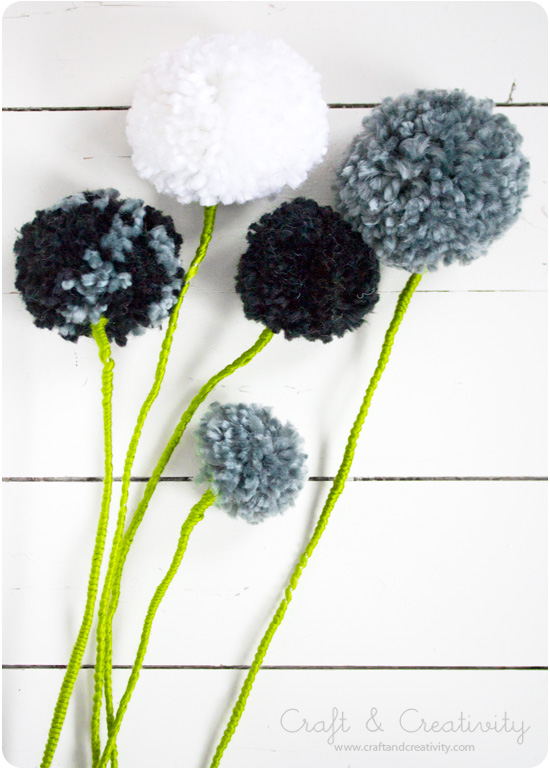 Pom pom flowers - by Craft & Creativity