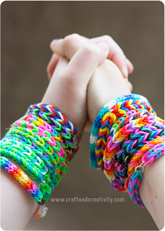Fun loom craft creativity pyssel diy for Rubber band crafts without loom